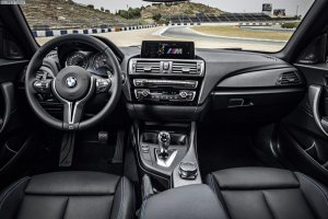 2016-BMW-M2-F87-Innenraum-01.jpg
