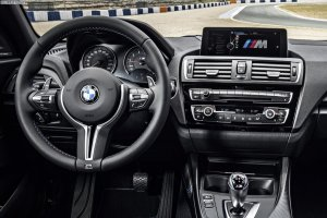 2016-BMW-M2-F87-Innenraum-02.jpg