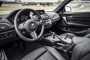 2016-BMW-M2-F87-Innenraum-03.jpg